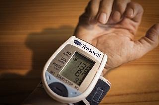 blood-pressure-3773347_640